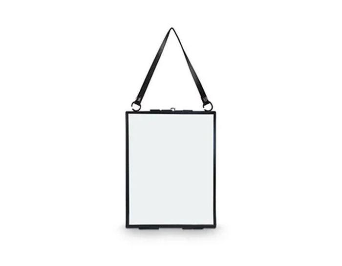 Vtwonen Photo frame metal black with lock 20x26x0.7cm